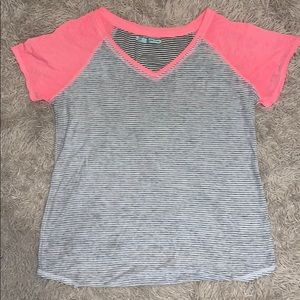 Cute size Large Maurices top
